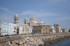 Strandpromenade und Kathedrale